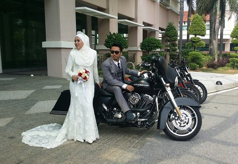 wedding_photoshoot_with_harley_davidson