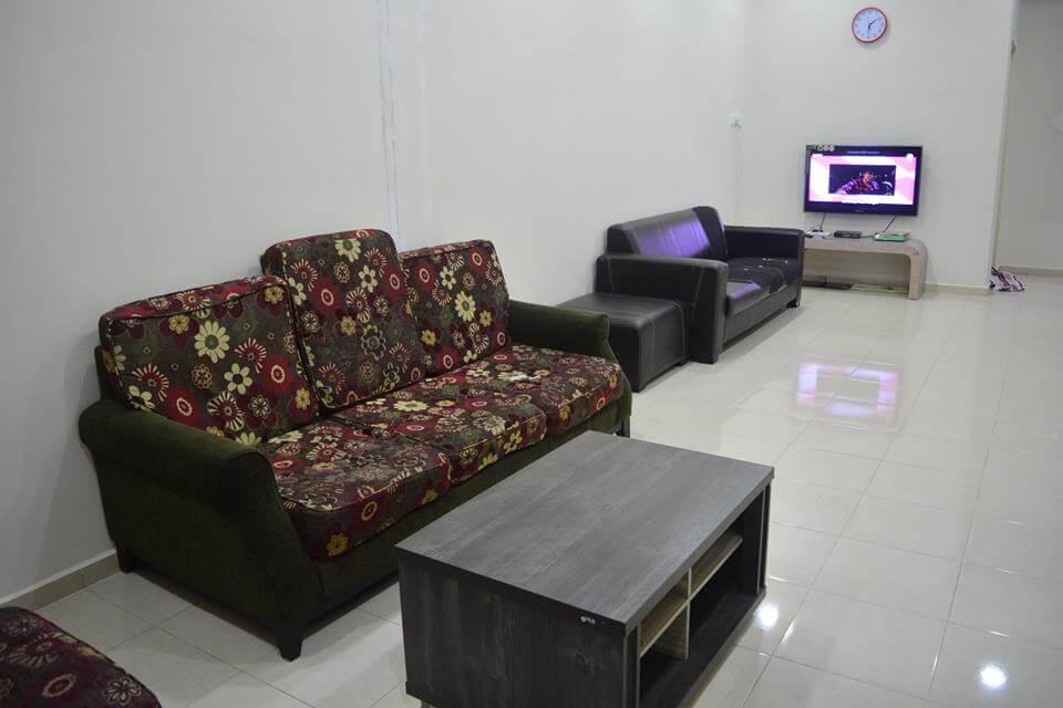 living-room-tangkak-homestay
